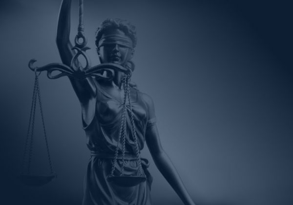 פסק דין של נהיגה בזמן פסילה ו-65 עבירות תעבורה