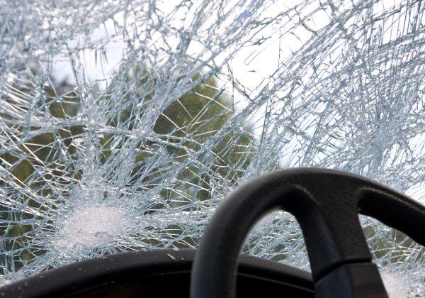 פגעתי בתאונת דרכים: את מי תובעים?