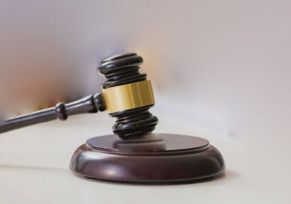 """מעצרים עפ""""י צו שופט ושלא"""